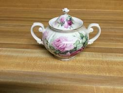 Grace's floral sugar bowl in white and pink.